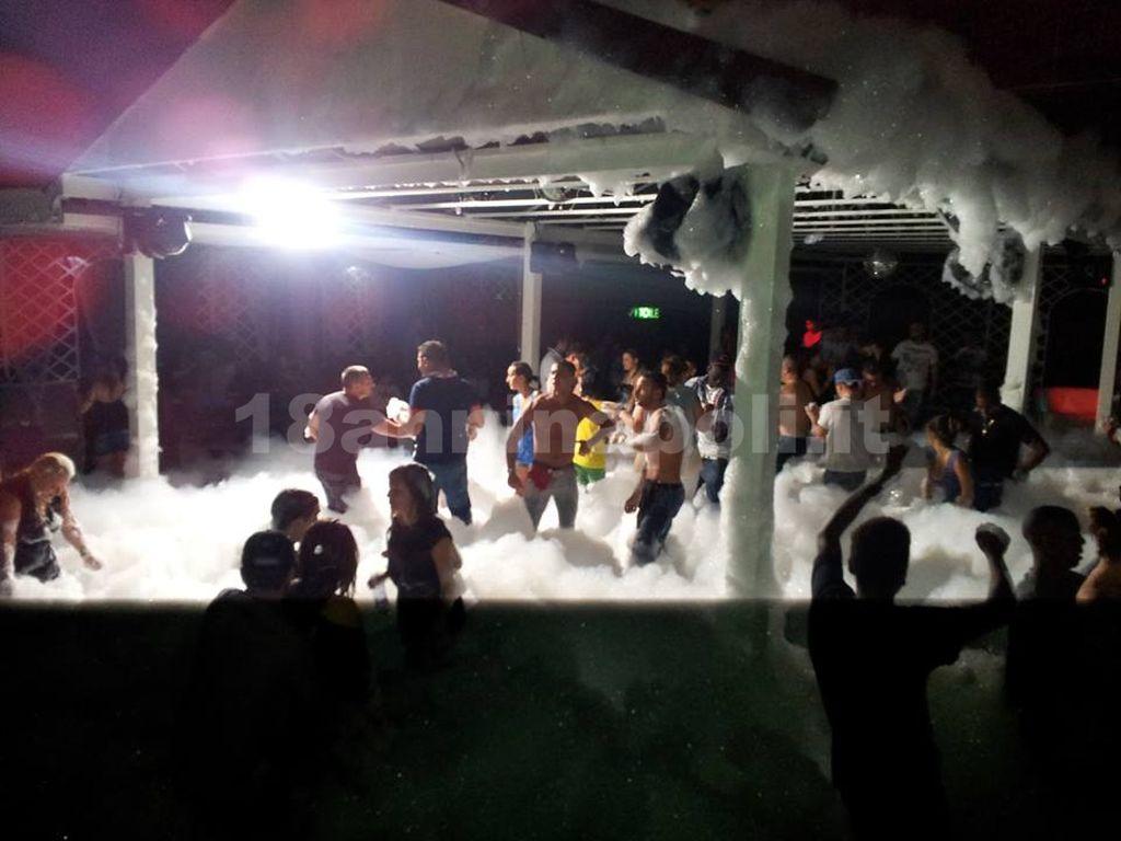 Schiuma party 18 anni_21